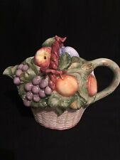San Marco Nove Grapes With Fruit Basket Design Teapot