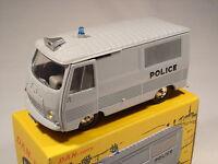DAN TOYS Peugeot J7 Fourgon Police Gris. Ref. DAN 099
