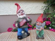 2 alte Gartenzwerge von Zeho Nr.13 Ziehharmonika u. Heissner Nr. 937 m. Schaufel
