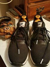 Men's NIKE Air Max Tavas RUNNING Shoes Size 11.5M Black / White (705149 009)