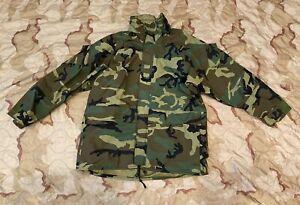 USMC Woodland GEN II Goretex Parka ECWCS Cold Weather Jacket Large - Excel Cond