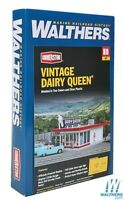 Walthers 933-3484 Vintage Dairy Queen(R) Kit HO Scale Train