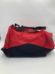 vintage marlboro duffle bag w/backpack new with tags
