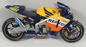 Honda RC211V Repsol 2003 Valentino Rossi 1:32 Diecast Read Discription