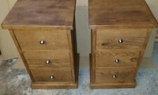 A PAIR OF NEW SOLID WOOD 3 DRAW BEDSIDE CABINETS CHESTS TABLES RUSTIC PLANK PINE