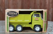 Tonka Hydraulic Dump Truck #2585 NIB Pressed Steel Construction Toys 1974