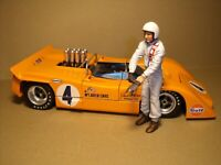 1/18  FIGURE  BRUCE  MC LAREN  VROOM  NOT  PAINTED  FOR  EXOTO  GMP  MINICHAMPS
