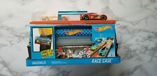 🔥Hot Wheels🔥Race Case Track Set - store up 12 cars...!!!