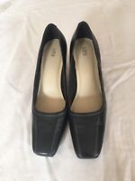 Marks & Spencer Women Black Leather Shoes Size 5.5/39 (S55).