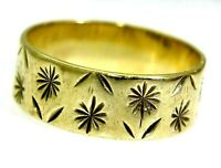 Vintage Flower Cut 9ct Yellow Gold 7mm Wide Wedding Band Ring O 1/2 ~ US 7 1/2