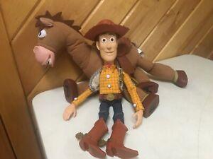DISNEY TOY STORY MOVIE THINKWAY PULLSTRING TALKING COWBOY WOODY &  BULLSEYE