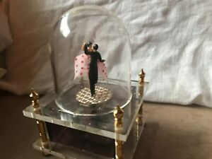 Vintage Dancing Music Box ~ Couple Rotate While Dancing to the Waltz