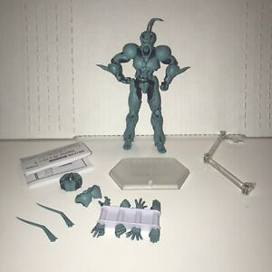 (used) Figma 231 Guyver 1 Action Figure With Parts Shown