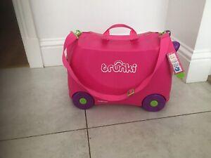 Trunki Girls- Pink Ride On Suitcase