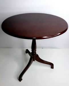 Vintage Bombay Company Tilt Top Oval End Side Table Cherry Wood