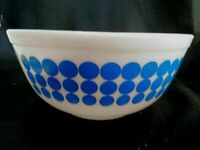 Vintage Pyrex #403 2 1/2 2.5 QT Oven Ware Blue Polka Dot Mixing Nesting Bowl MCM