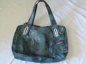 New w/Tags Women's Liz Claiborne Emerald Green & Black SnakeSkin Hand Bag~Purse