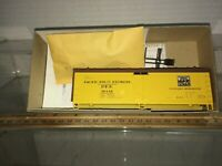 ATHEARN Pacific Fruit express Reefer Discontinued blue box kit Free shipping