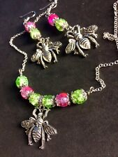 Giant Bee Jewelry Set With Shiny Crackled Glass Beads