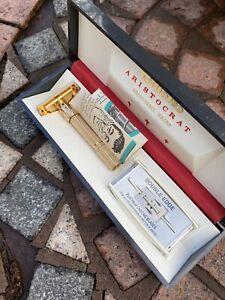 Gorgeous Vintage Gillette Safety Razor ARISTOCRAT GOLD SLIM L-2 Adjustable