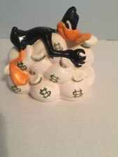 Warner Brothers Daffy Duck Holding Money Bags Ceramic Coin Bank Vintage 1995