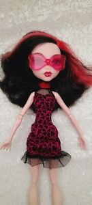 Monster High Draculaura Sweet 1600 Roadster Exclusive doll dress glasses rare