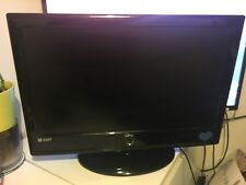 UMC 21.6 LCD HD Tv Television  With  Tv Stand And Remote Control,great Working