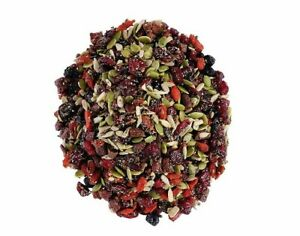 Naturally Berries & Nuts Trail Bites Berries And Seeds Healthy Mix Dry Fruits
