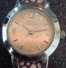 Vintage style Gloria Vanderbilt ladies quartz watch stingray look strap