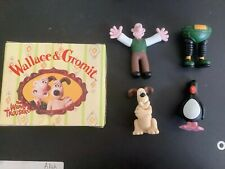 WALLACE AND GROMIT FIGURES: WALLACE,GROMIT,FEATHERS McGRAW,TECHNO TROUSERS