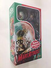 Hot toys MMS108 Mars Attacks  Martian Ambassador New Saled sent EMS