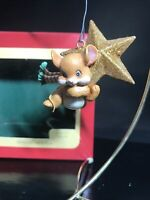 CARLTON CHRISTMAS ORNAMENT: SWINGING ON A STAR :MOUSE  Gold STAR NEW Heirloom