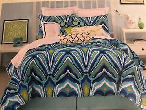 Trina Turk Residential Blue Peacock Multi Comforter 2 PC Set TWIN/ TWIN XL Dorm