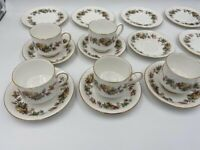 Royal Standard Lyndale side plates x 6 cups and saucers x 5 17 pieces