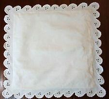 Taie XIXe en fil lin à feston broderie anglaise - pour coussin ou bébé