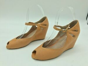 JEFFREY CAMPBELL Brown Leather Wedge Heel Sandal Size 7
