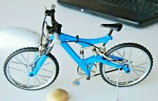 RC 1/10 Scale METAL MOUNTAIN BIKE W/ Suspension & Moving parts BLUE