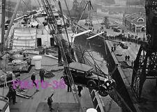 PHOTOGRAPHIE  PAQUEBOT TRANSALTLANTIQUE  SHIP LINER  QUAI CHARGE CARS 17x13