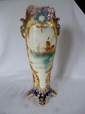 Historicismo magnífica jarrón dorada plástica flores roccaien mano pintado