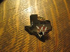Forth Worth Texas USA State Map Bowling Ball Alley Bowler League Hat Lapel Pin