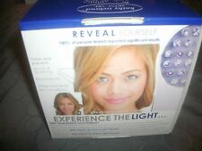 BRAND NEW KATHY IRELAND SKINCARE REVIVE LIGHT THERAPY ACNE TREATMENT (B26)