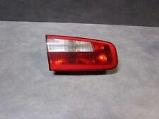 Feu arrière gauche sur hayon Renault Laguna 2 berline 8200002475