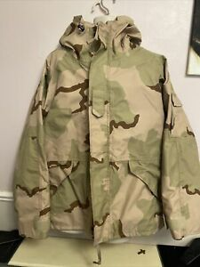US Army  Desert camouflage Cold Weather Gortex Parka/jacket