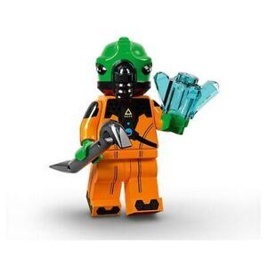 Lego Series 21 Alien Collectible Minifigure #11 71029