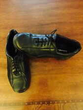 Womens Black leather Walking Working Shoes Sz 7 lace up style. Pre-Owned.