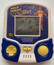 1995 HULK HOGAN WCW WRESTLING MICRO GAMES OF AMERICA BATTERY POCKET GAME, WORKS