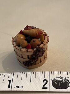 Dollhouse Miniatures 1:12 Artisan Made Harvest Basket-apples, Grapes And More