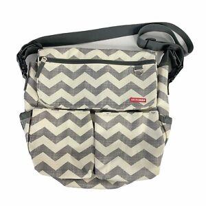 Skip Hop Diaper Bag Chevron Tote Magnet Closure Gray Ivory Unisex Baby