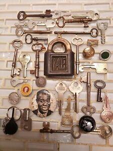 Antique skeleton 26 key collection lot vintage brass Yale Padlock 1883 old coin