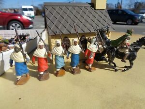 vintage BRITAINS set 187 & 164, Lead Toy Soldier Bedouin Arabs mounted & on foot